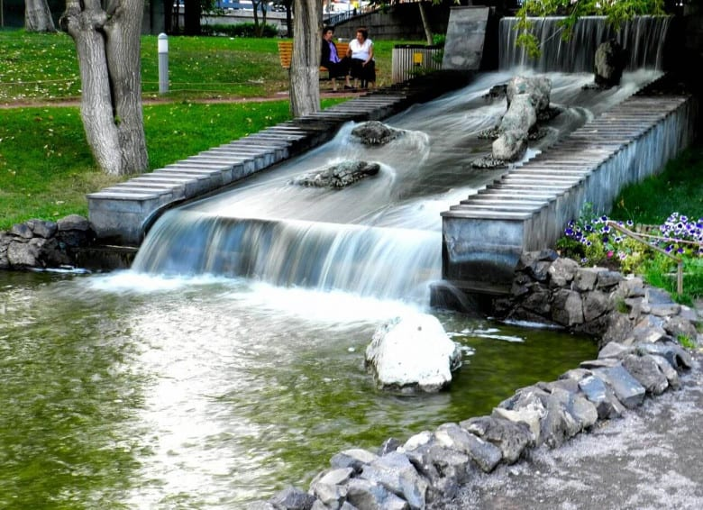 Small waterfallat Lover's Park