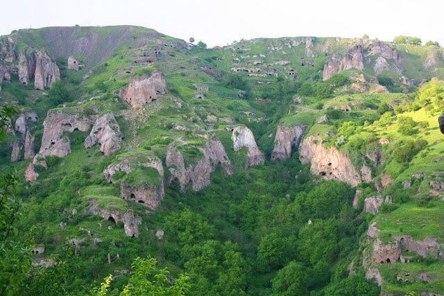 Khndzoresk's Caves