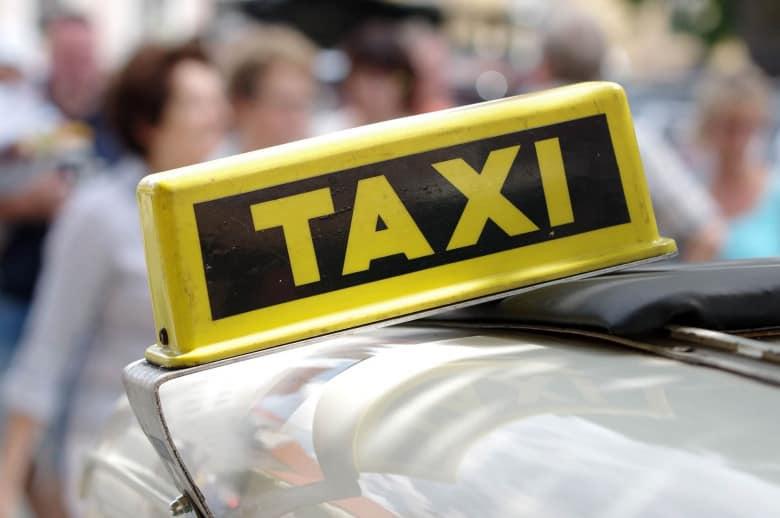 Do Pay Cab Drivers 1000 Dram/ 2 USD