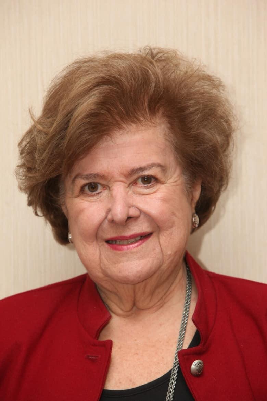 Anna Kazanjian