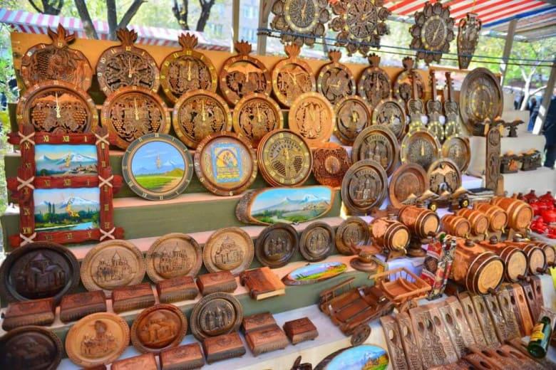Где купить сувениры в Ереване