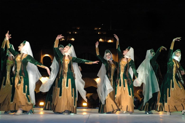 Armenian national clothing in dances