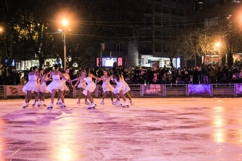 Enjoy skate rinks in Yerevan